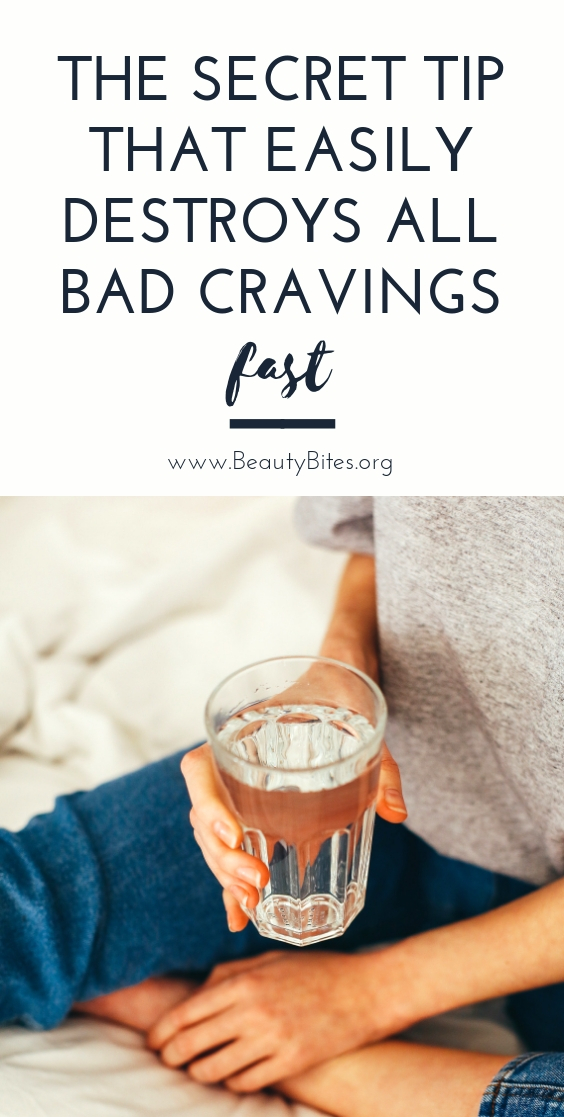 The one secret tip to get rid of cravings naturally - this is so easy, it's insane not to at least try! This is the BEST way to get rid of cravings and stop overeating! You can use this tip to stop sugar cravings or cravings for junk food, I used it to quit coffee.