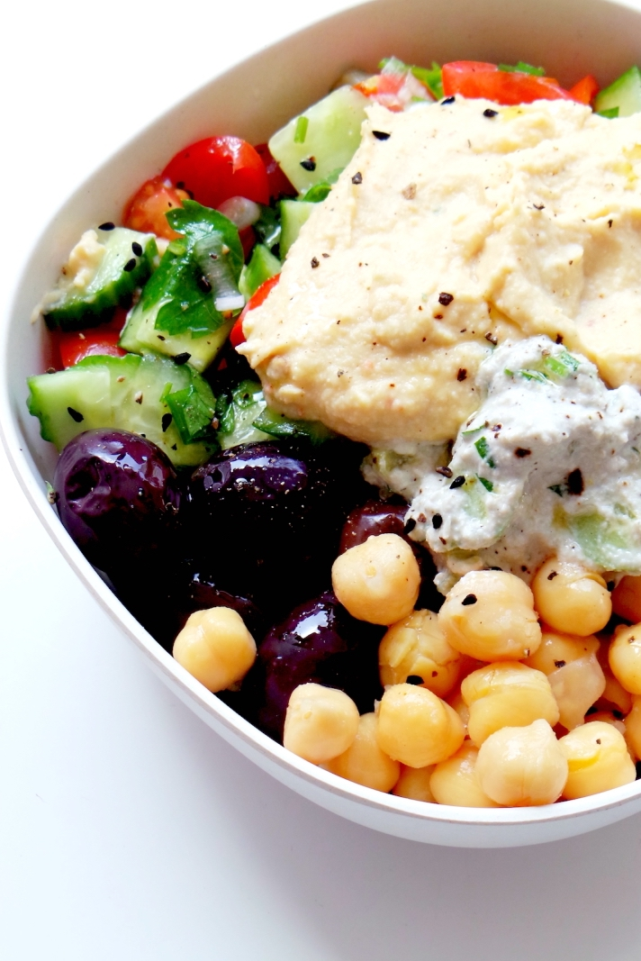 5-Minute Mediterranean Bowl – Healthy Lunch Meal Prep Recipe