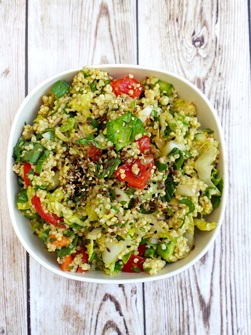 Healthy summer salad with avocado and millet! This makes a filling, but light healthy lunch recipe that everyone will love! | www.beautybites.org