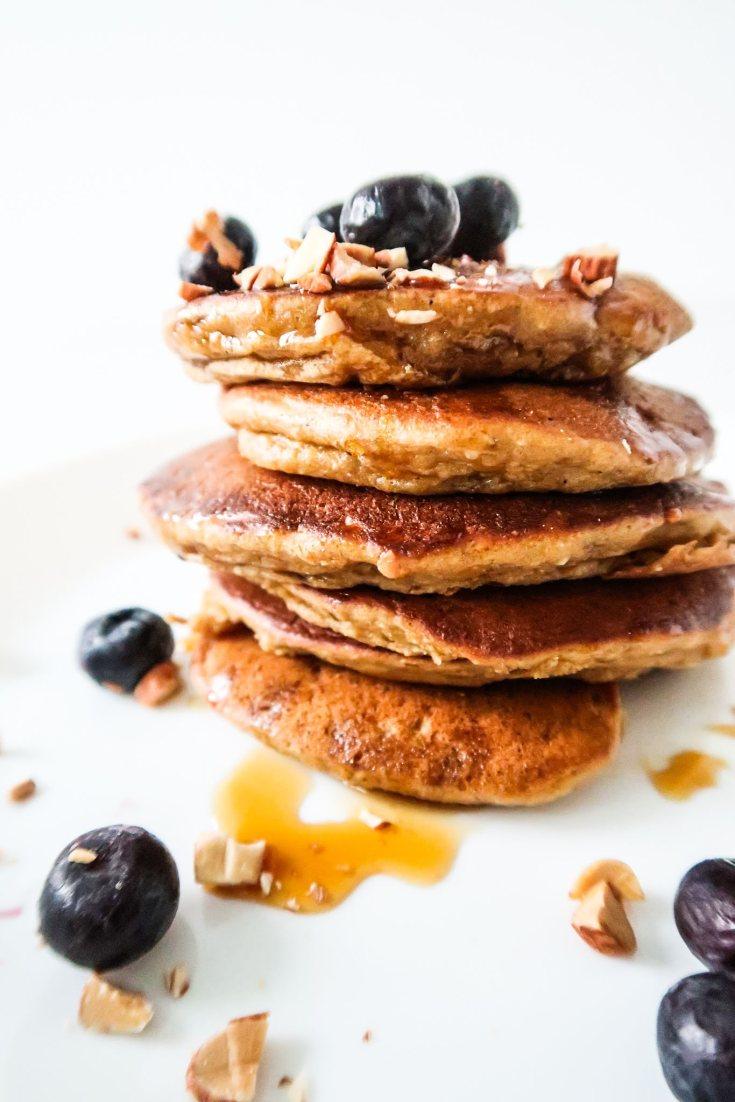 Apple Pancakes With Oats - Easy & Healthy Breakfast