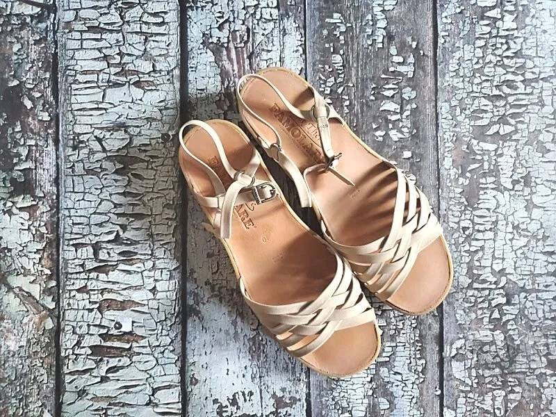 Strappy Camper in Nude