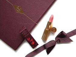 Charlotte Tilbury Hot Lips Kidman's Kiss (1)