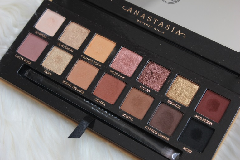 Soft Glam Eye Shadow Palette by Anastasia Beverly Hills #22