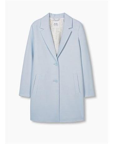 pastel blauwe mantel