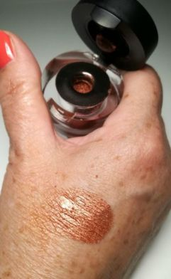 shiny effects make-up studio copper swatch