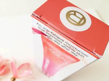 L'Oréal Skin Perfection Anti Vermoeidheid Dagcrème (2)