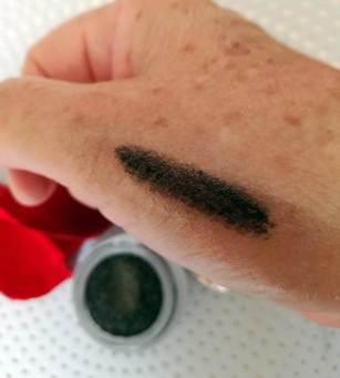 galaxy eyeshadow & liner dazzling emerald (2)