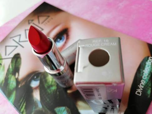 karaja lipstick rouge