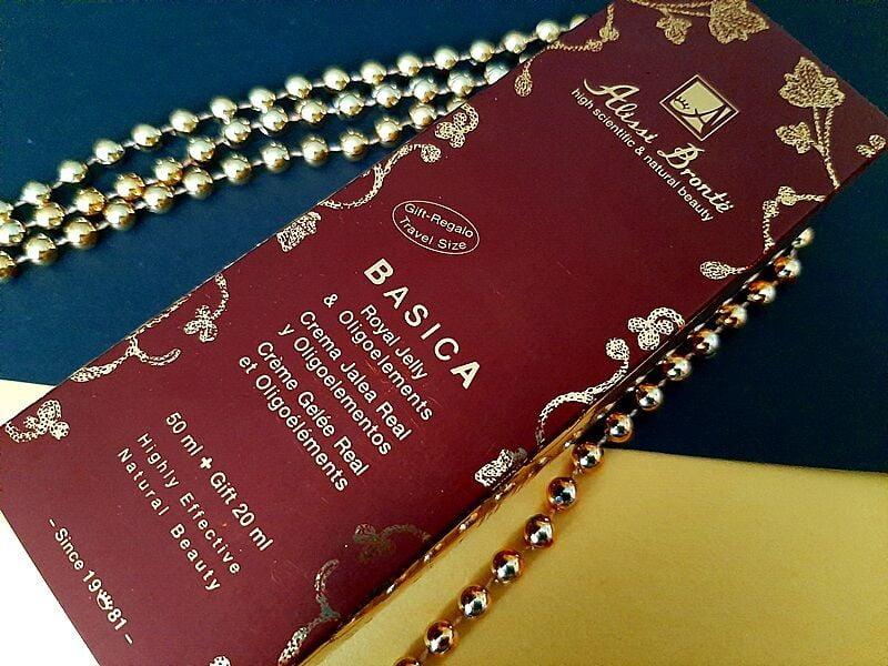 Alissi Brontë- Review: Basica Royal Jelly & Oligo 50ml (Plus Free Travel Size 20ml) 11 Alissi Brontë Alissi Brontë- Review: Basica Royal Jelly & Oligo 50ml (Plus Free Travel Size 20ml)