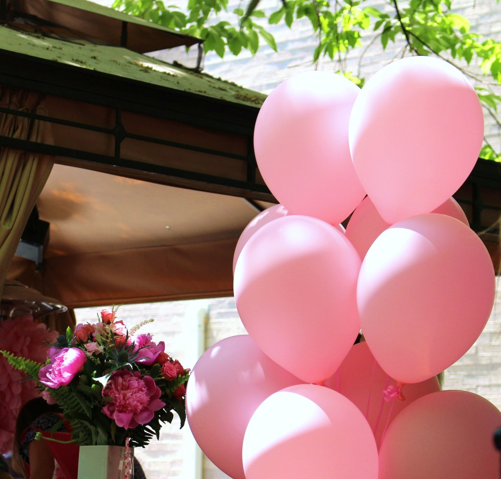 The balloons & flowers at the #PinkTheTown Pink Garden Party give me LIFE. #perfect