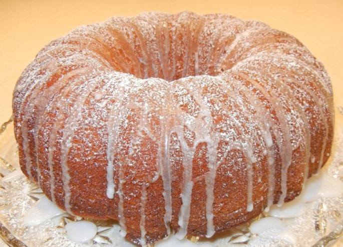 Bundt Cake Pixibay Image for Banana-Pineapple Cake