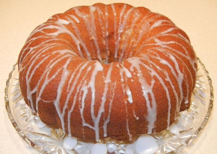 Christmas Pound Cake