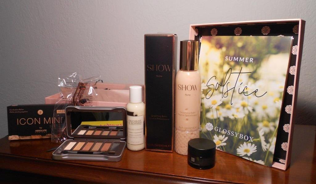 Glossybox June 2018 Summer Solistice Beauty