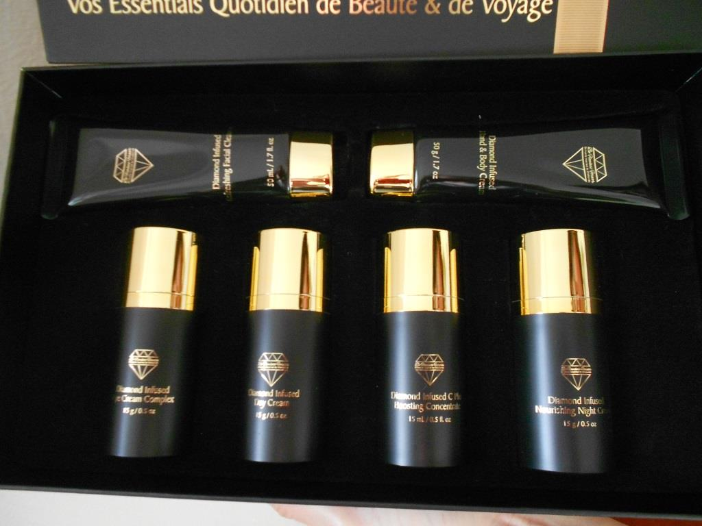 Forever Flawless Everyday Beauty System & Travel Essentials Kit up close