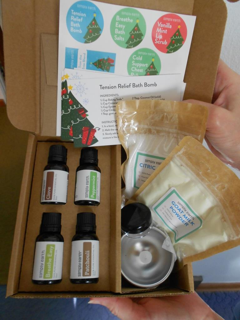 Simply Earth Essential Oils Recipe Box December 2018