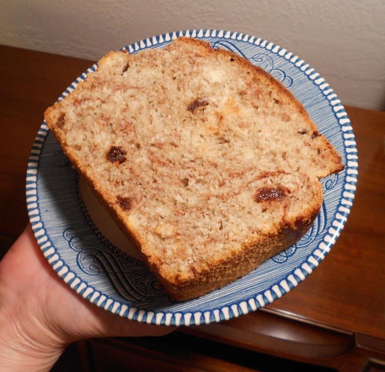 Cinnamon Raisin Batter Bread slice
