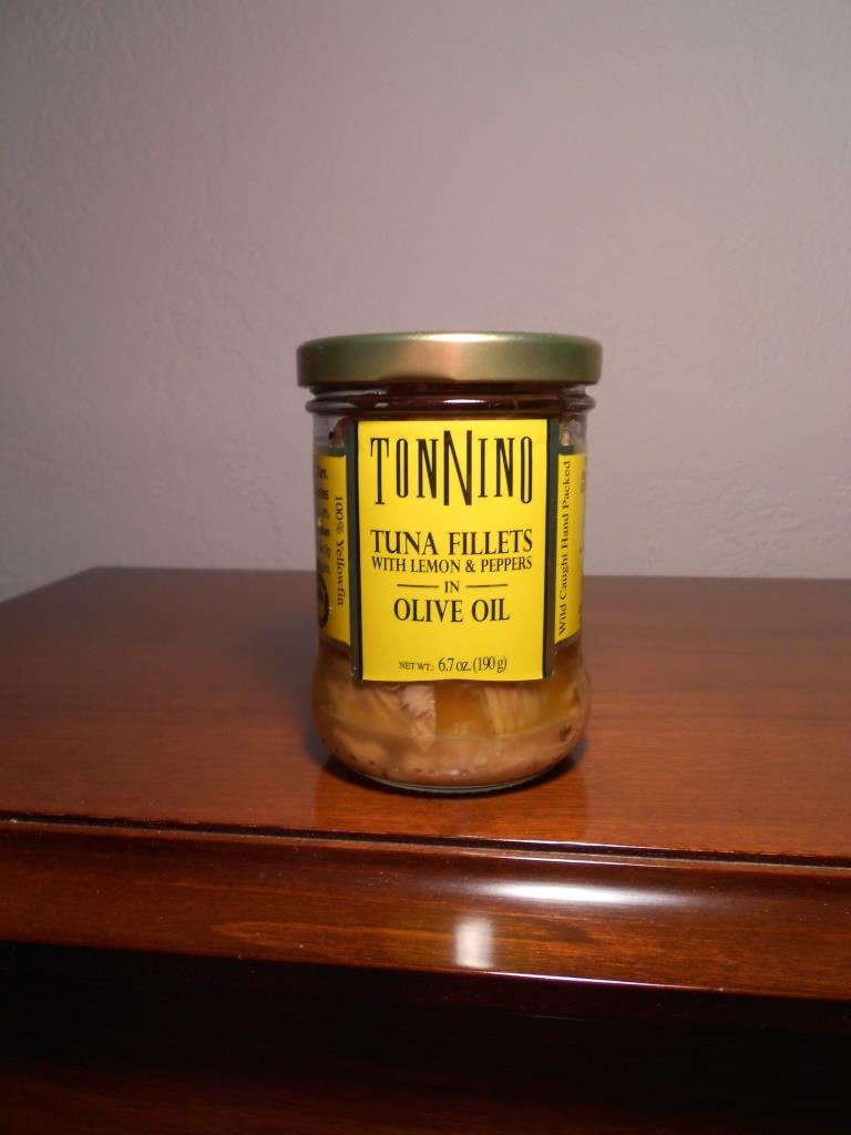 Tonnino Tuna Fillets with Lemon & Pepper in Olive Oil (yellow lable jar)