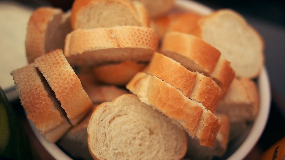 Recycling Food Old Bread