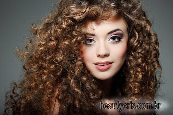 nutrição para cabelos cacheados lola cosmetics