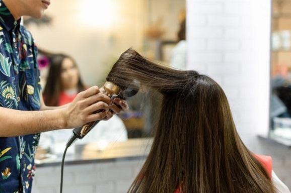 cuidados com os cabelos lisos