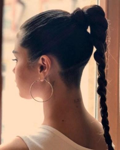 selena gomez raspa parte do cabelo