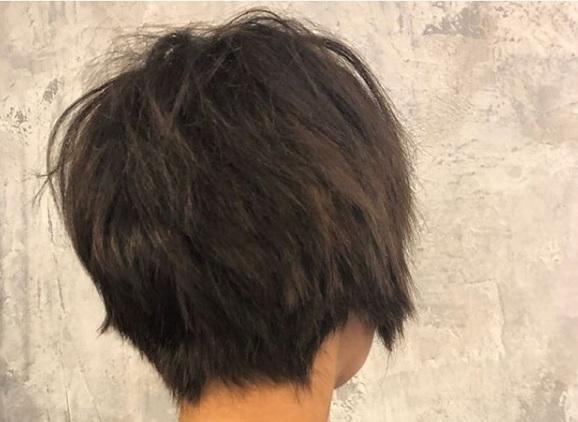 Fernanda Paes Leme cabelo curtinho e morena