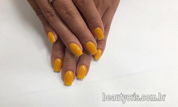 esmalte amarelo tendencia