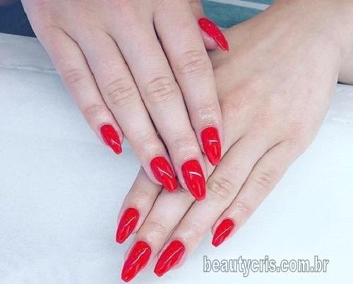 esmalte vermelho neon tendencia