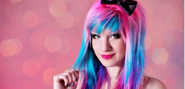 Moda cabelos coloridos