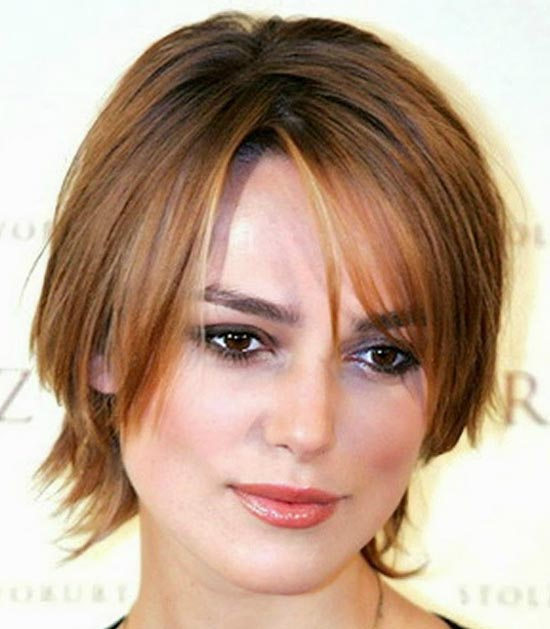Emily Blunt Sassy Bob Haircuts for Round Faces