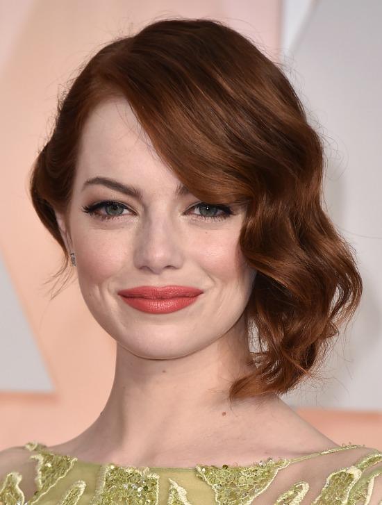 Emma Stone's Short Wavy Hairstyle