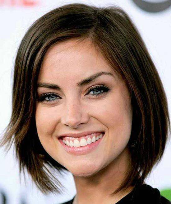 Jessica Stroup Sassy Bob Haircuts for Round Faces