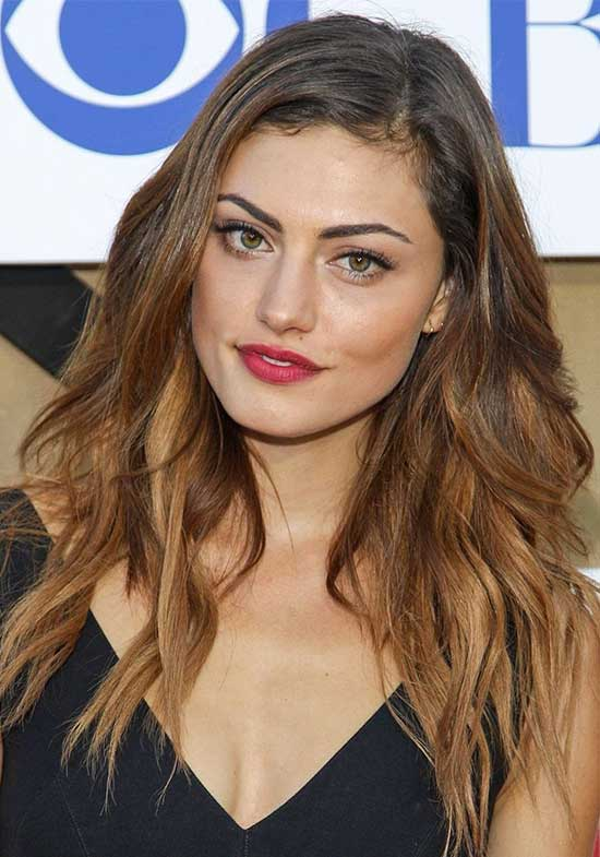 Phoebe Tonkin Medium Blonde Hairstyles