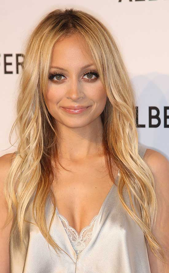 21 Gorgeous Hairstyles For Long Thin Hair Ideas