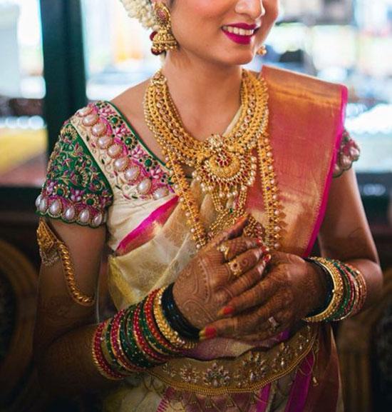 Bride-in-off-white-uppada-saree