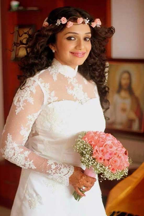 Bridesmaid Dress In Kerala