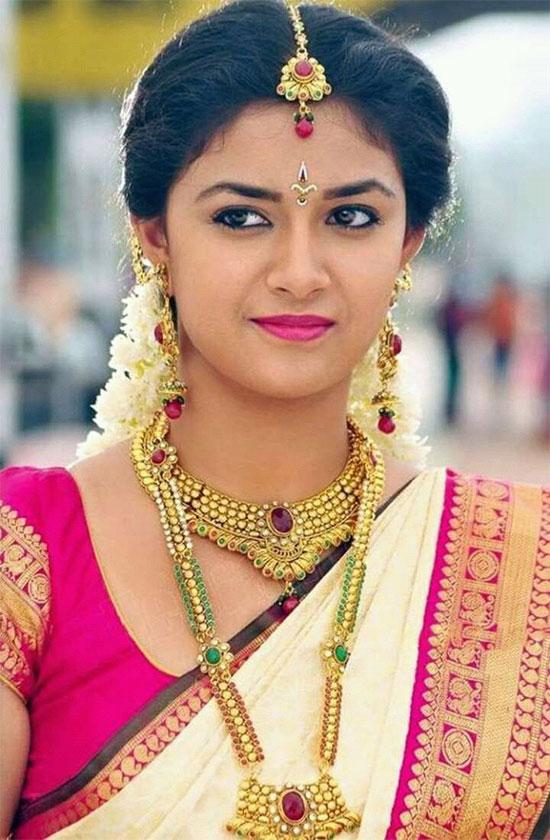 Keerthi-Suresh-In-White-Saree