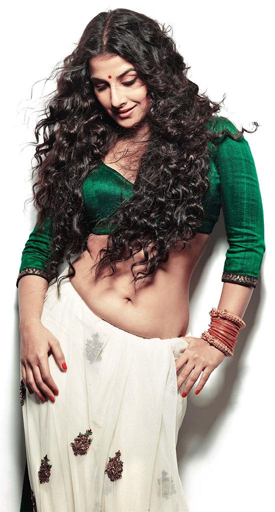 Vidhya-Balan-In-White-Saree
