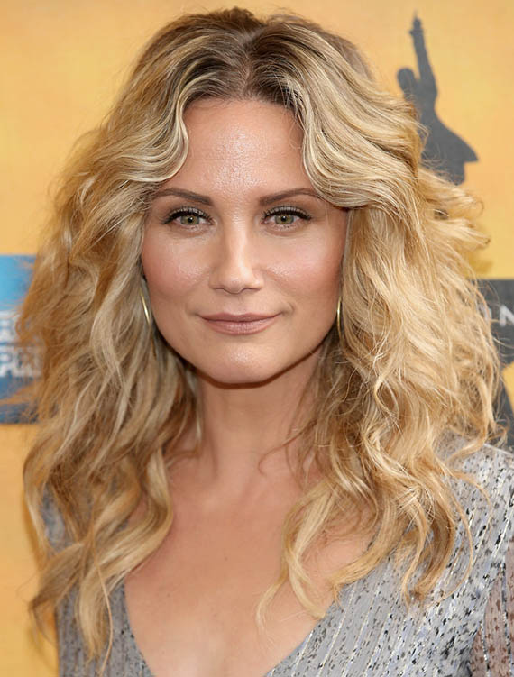 Jennifer Nettles Curly Blonde Hair