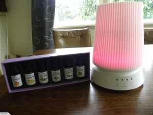 Lamp Aromatherapy Diffuser + 6 Oils Gift Pack