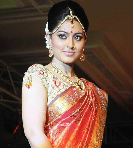 Tips On Selecting The Right Bridal Saree