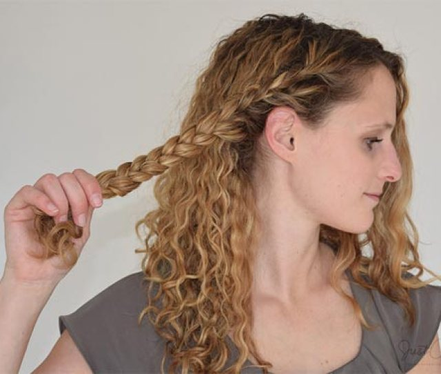 Tricks On How To Get Gorgeous Heatless Curls