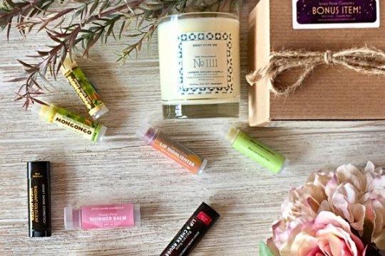 Jersey Shore Cosmetics Box - best subscription boxes - cruelty-free beauty box subscriptions - vegan beauty box - vegan subscription box - unboxing subscription box review   beautyiscrueltyfree.com