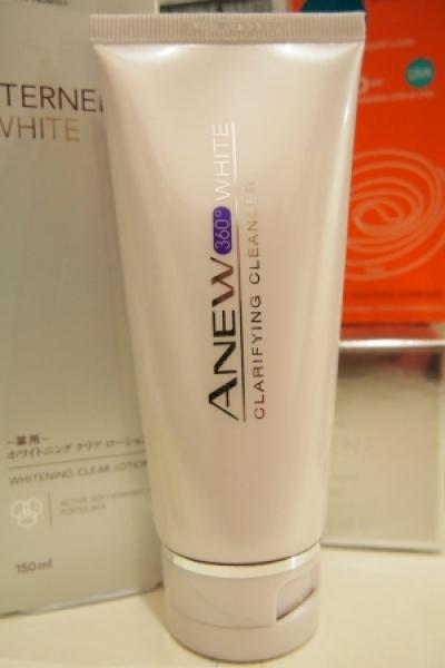 Avon Anew 360 White Clarifying Cleanser
