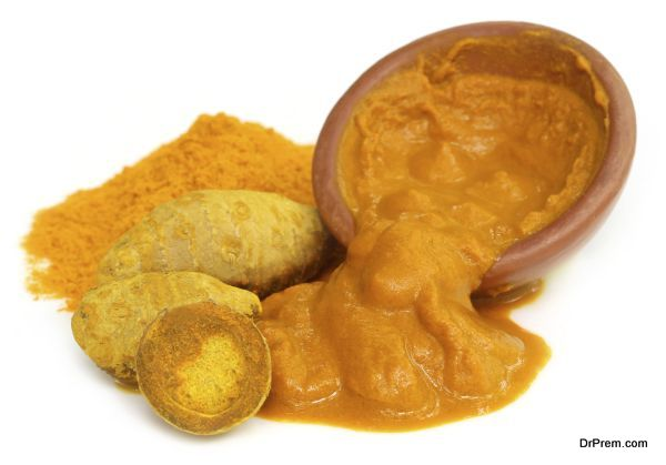 Turmeric with powder and paste