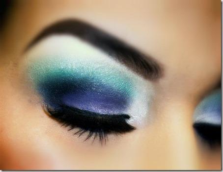 blue eyes makeup 901