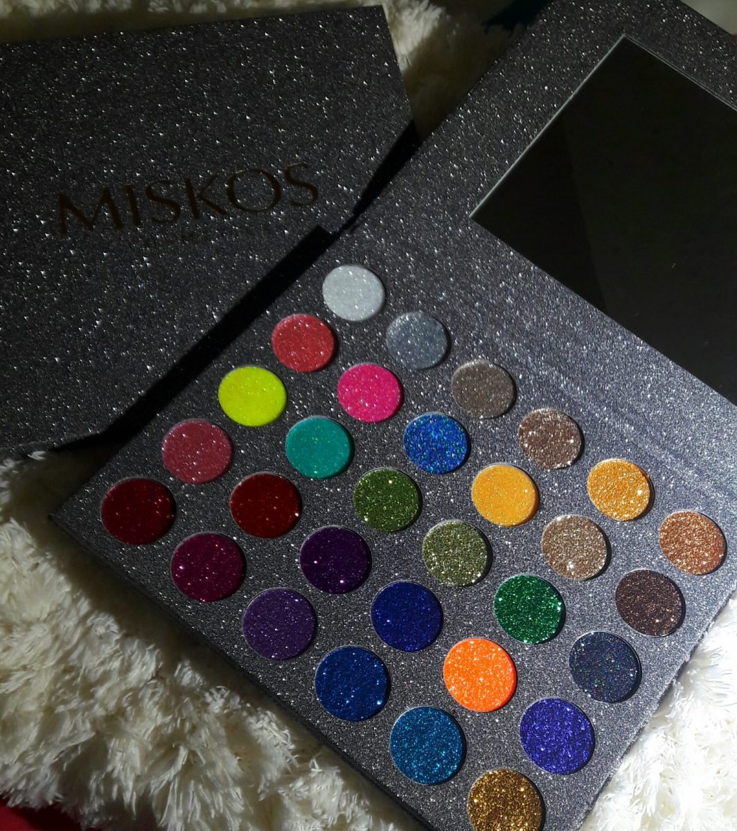 MISKOS 30 Colors Pressed Glitter Eyeshadow Palette Review
