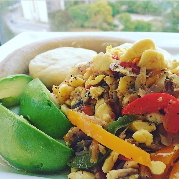ackee and saltfish, breakfast, exotic Jamaican food