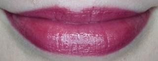 Avon True Colour Supreme Nourishing Lipstick in Sumptuous Berry