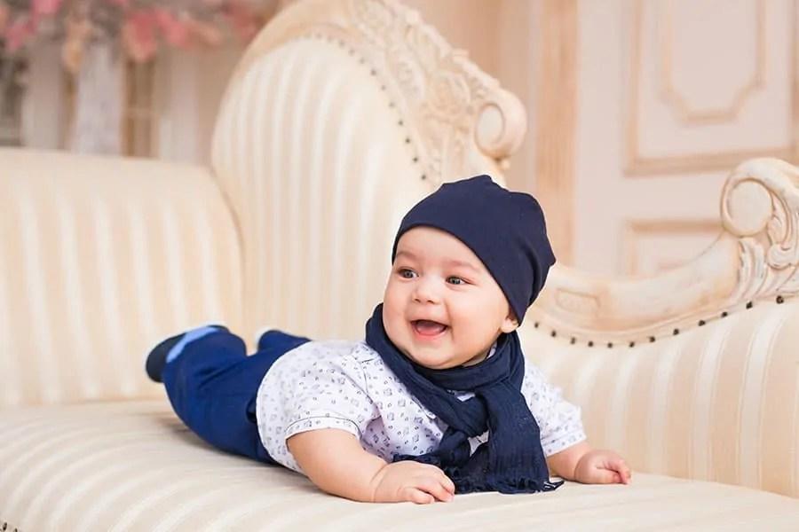 Prénom de garçon bébé suisse
